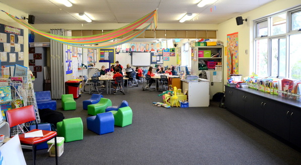 Junior Primary Classroom and Blackwood Primary School
